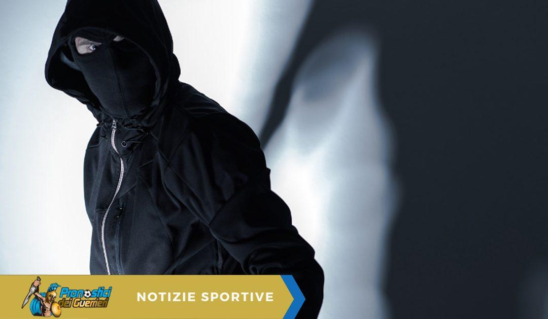 Roma: Smalling rapinato in casa da tre uomini armati